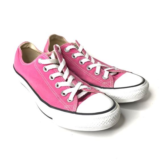 light pink chuck taylors